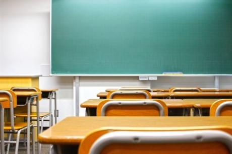 少子高齢化による若者減少。高校の授業を魅力的なものに。